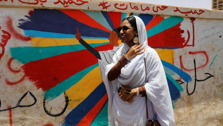 Soudan: Alaa Salah, icône de la révolution malgré elle