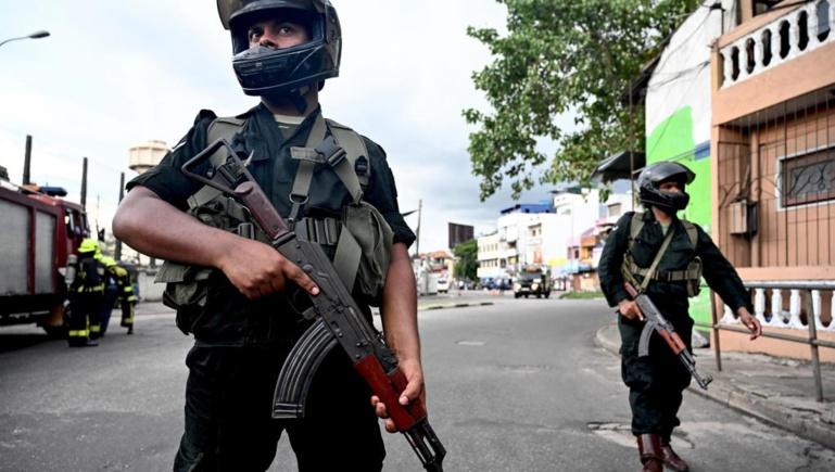 Attentats au Sri Lanka: le gouvernement accuse un mouvement islamiste local