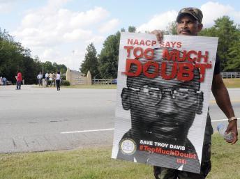 Troy Davis, dans le couloir de la mort en Géorgie (sud des Etats-Unis) depuis 1991, est mort par injection mortelle ce mercredi 21 septembre 2011. REUTERS/Tami Chappell