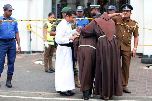 Sri Lanka: le bilan des victimes s'alourdit à 320 morts