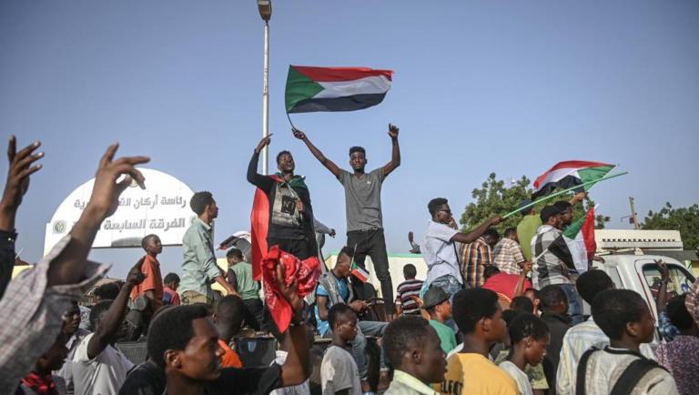 Soudan: un accord trouvé pour un partage du pouvoir entre civils et militaires