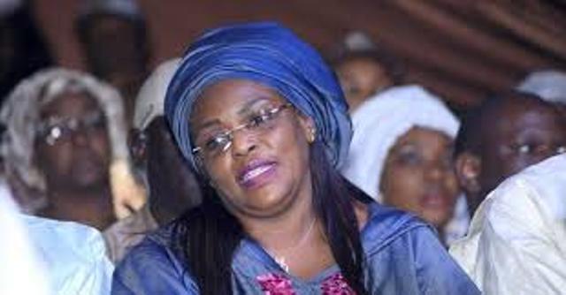 Marième Fall Sall arroge les femmes parlementaires de plusieurs billets