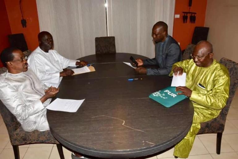Dialogue national: Idy, Sonko, Madické et Issa Sall acceptent la main tendue de Macky
