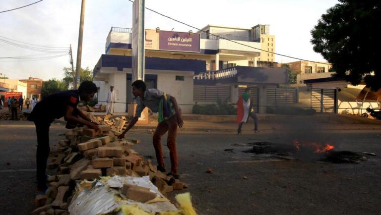 Soudan: suspension des pourparlers entre militaires et opposition