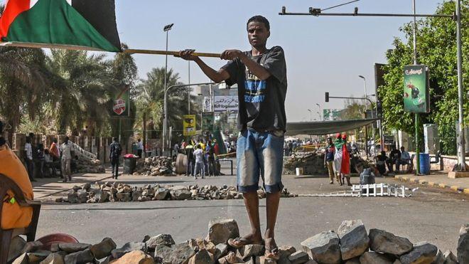 L'alliance de l'opposition soudanaise appelle ses partisans à retirer leurs barricades