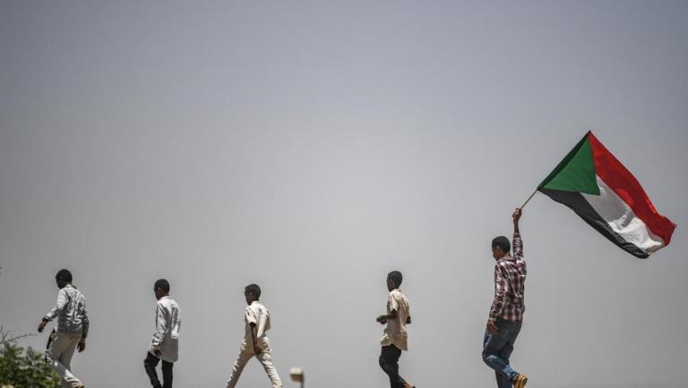 Soudan: retour au calme à Khartoum malgré la suspension des pourparlers