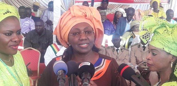 CESE : Ejectée par Macky Sall, Aminata Tall invite ses partisans au calme et la retenue