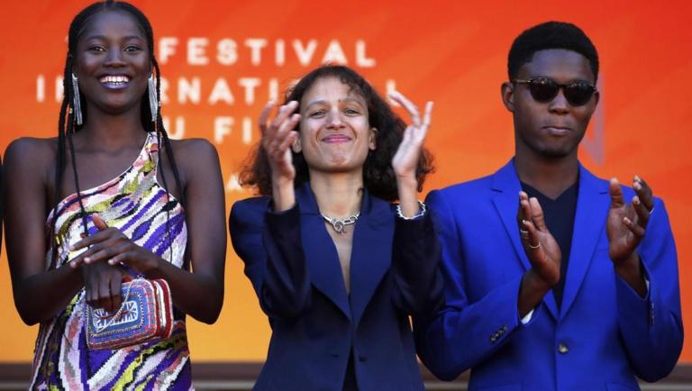 """Festival Cannes : Dans """"Atlantique"""", la fable des morts-vivants traverse la Croisette avec Mati Diop"""