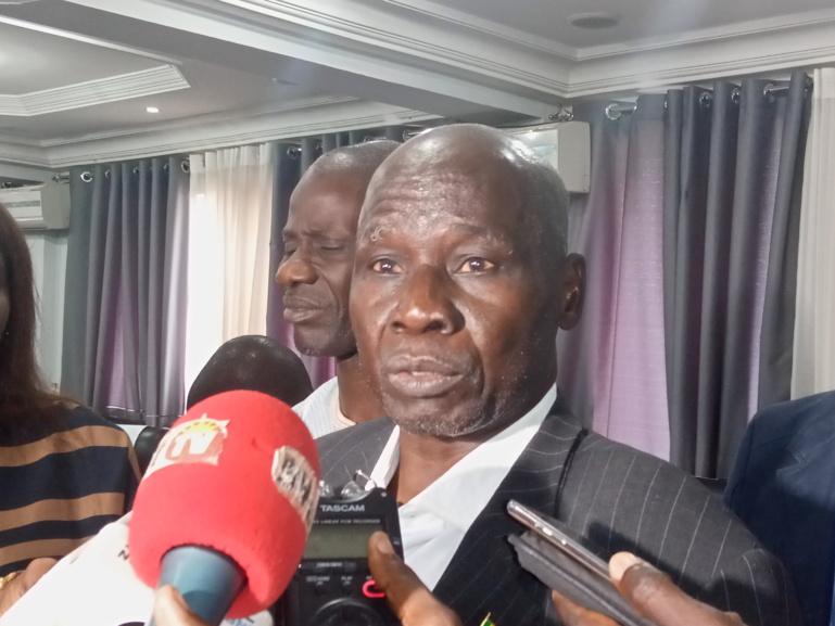 Modération du dialogue politique: le pôle des Non-alignés propose les professeurs Alioune Sall et Babacar Kanté