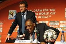 "CAN 2012 : Issa Hayatou ""Personne n'a volé sa qualification"""