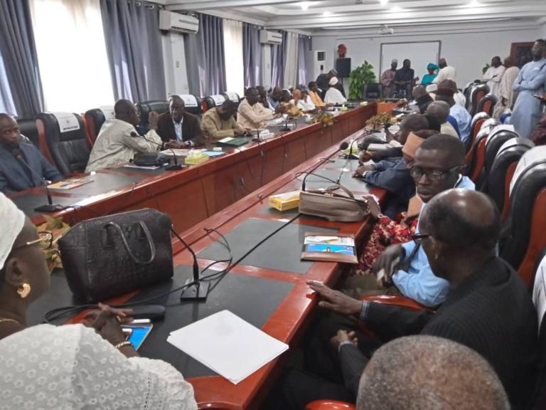 """Général Mamadou Niang sur le Dialogue national: """"Il s'agit de sauver notre pays des effets néfastes de la division"""""""