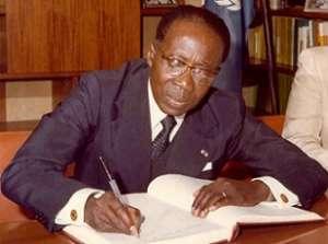 Le propriétaire des livres: Quel ouvrage Abdoulaye Wade a-t-il pu prêter à Senghor ?