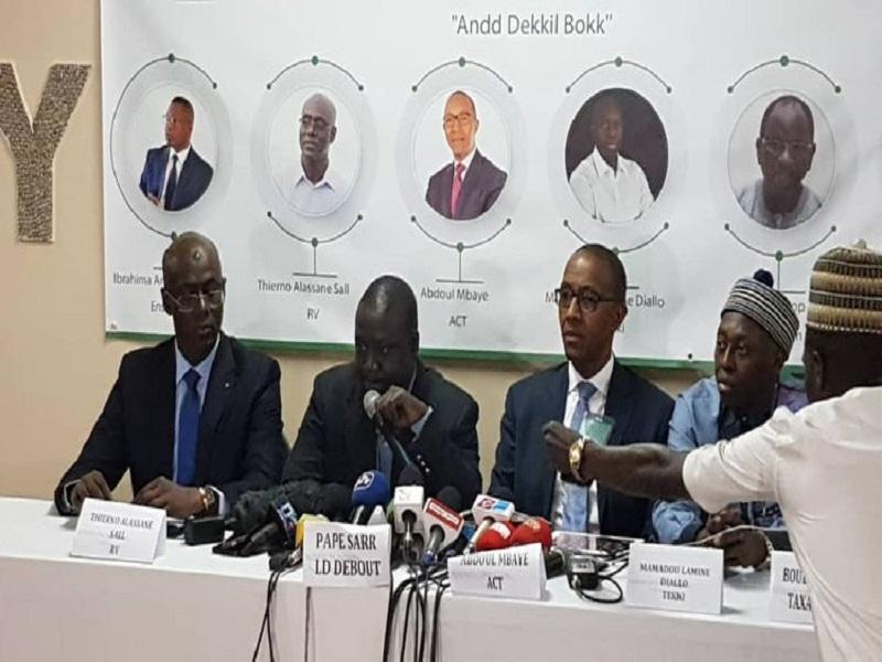 #SallGate - Thierno Alassane Sall, Abdoul Mbaye et Mamadou Lamine Diallo vont traîner Aliou Sall devant la Crei