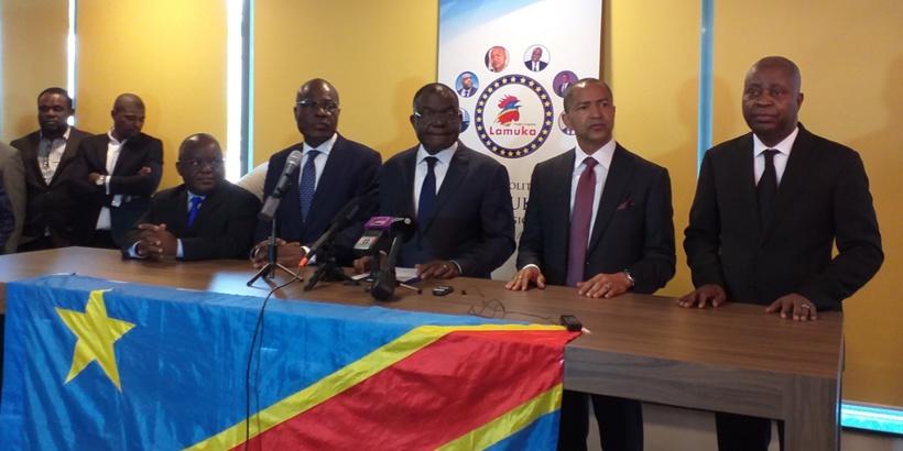 """RDC: Fayulu accuse Tshisekedi et Kabila d'avoir """"assassiné"""" l'État de droit"""