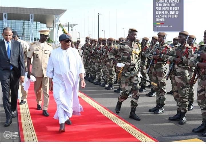 """Tuerie au Mali: le président de la République demande de ne pas se """"livrer à des actes de vengeance"""""""