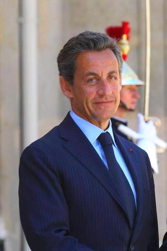 Urgent- Sarkozy visé par une enquête sur l'utilisation de grosses coupures