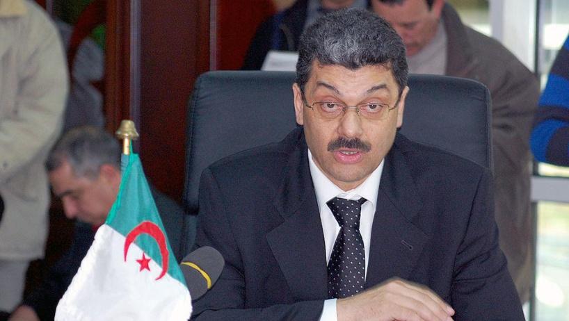 Algérie: deux anciens ministres placés sous contrôle judiciaire