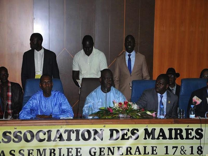 Affaire Pétro-Tim-Aliou Sall : l'Association des maires du Sénégal soutient son président