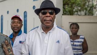 Des mesures coercitives contre l'ex président Boni Yayi