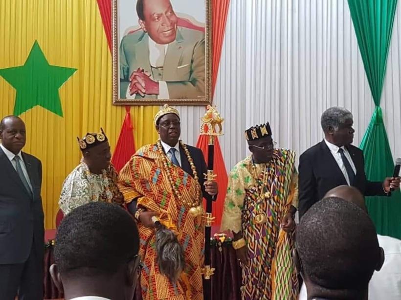 Macky Sall fait citoyen d'honneur à Abidjan et rebaptisé Apoyon Sall
