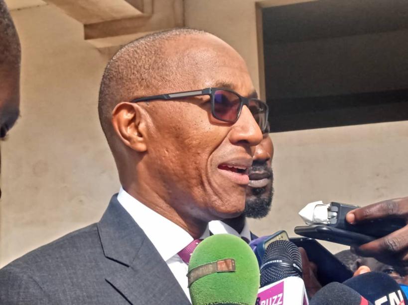 """Abdoul Mbaye après son audition à la DIC: """"Je croyais en venant qu'on allait m'enfermer dans une pièce chaude"""""""