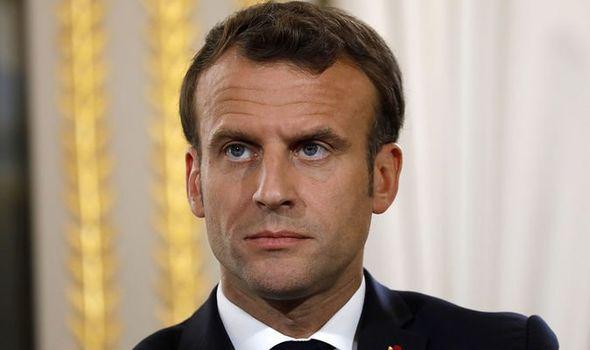 Macron «condamne fermement» les attentats de Tunis