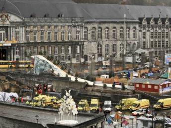 C'est sur l'un des places principales de la ville belge de Liège qu'à eu lieu la fusillade meurtrière, le 13 décembre 2011. REUTERS/Thierry Dricot
