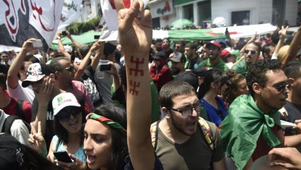 Après l'euphorie de la CAN, Alger retrouve les chants de la contestation