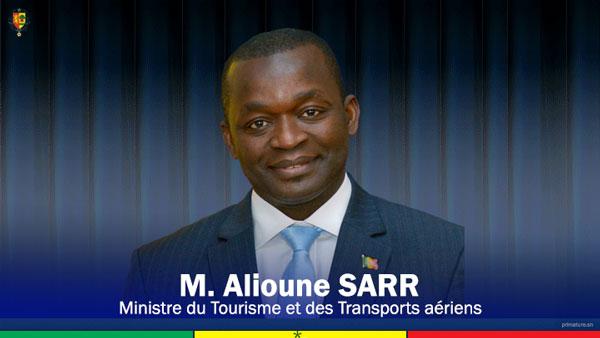 Le ministre Alioune Sarr signe le retour des vols direct Dakar-Djeddah