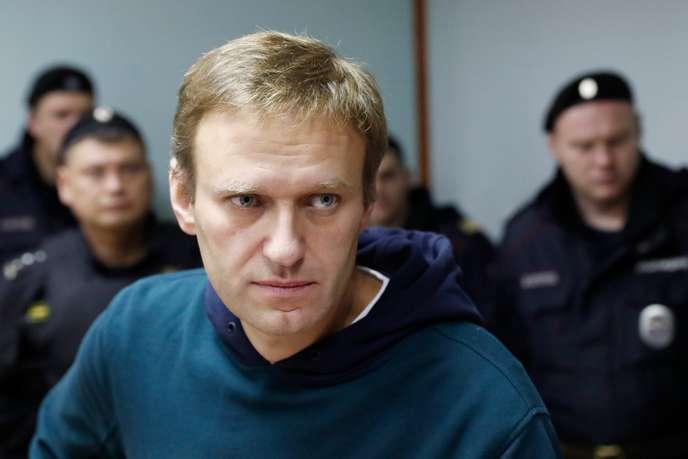 Russie: l'opposant Andreï Navalny annonce avoir été arrêté