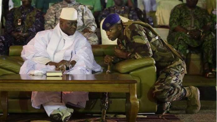 """L'ex-président gambien accusé d'avoir fait """"décapiter et enterrer"""" deux Américano-gambiens"""