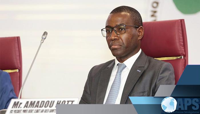 Colloque international de Dakar sur l'Administration: le ministre de l'Economie Amadou Hott demande à l'ENA d'envoyer ses étudiants dans le privé