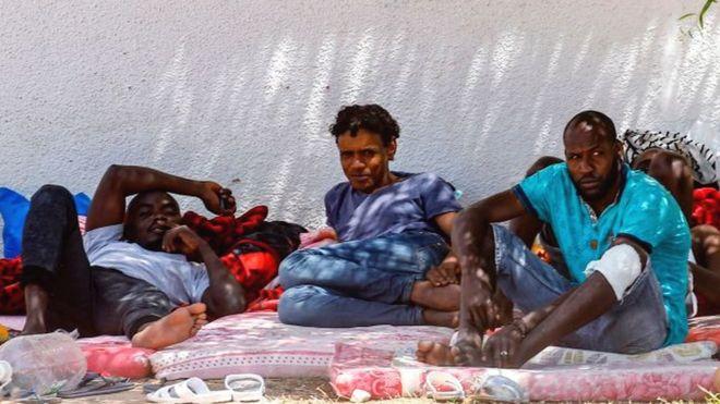 La Libye va fermer trois centres de détention pour migrants