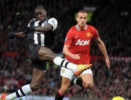 Demba Bâ marque son 15ème but contre Manchester United