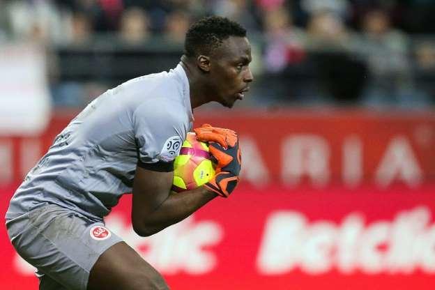 Rennes : Olivier Létang annonce l'arrivée d'Édouard Mendy