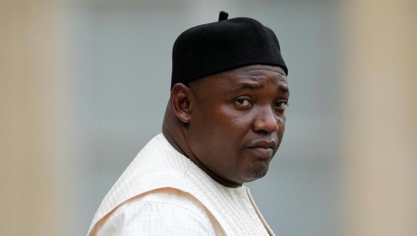 Gambie : le président Adama Barrow remplace son ministre de l'Intérieur