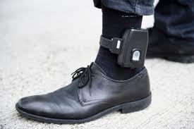 Surpopulation carcérale, longue détention préventive: le ministre de la Justice annonce l'introduction du port de bracelet électronique dans le Code pénal