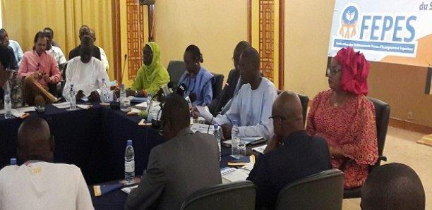 """La FEPES dément le ministre Cheikh Oumar Anne sur le montant de la dette: """"L'Etat doit 18 milliards aux privés"""""""