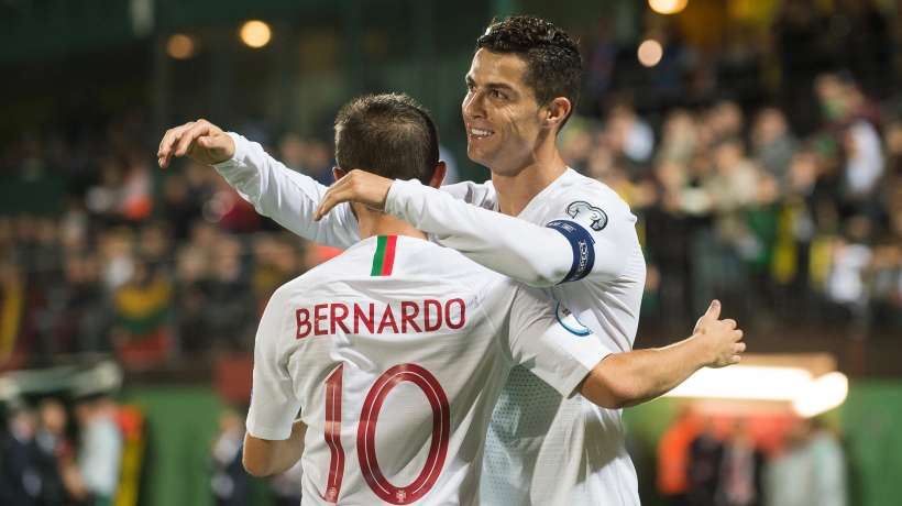 Les nouveaux records de Cristiano Ronaldo affolent les Portugais, l'Italie attend déjà Matthijs de Ligt au tournant et l'Argentine étrille le Mexique sans Messi