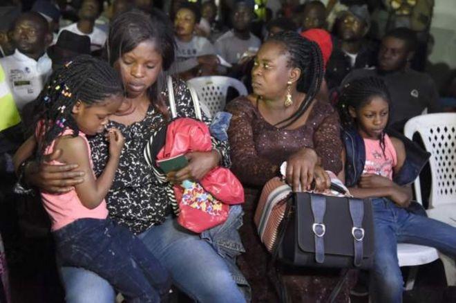 Les premiers Nigérians fuyant l'Afrique du Sud rentrent chez eux