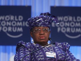 Pour la ministre nigériane de l'Economie Ngozi Okonjo Iweala, «une nouvelle génération de leaders» africains a conscience qu'il faut «transformer» l'Afrique. REUTERS/Christian Hartmann