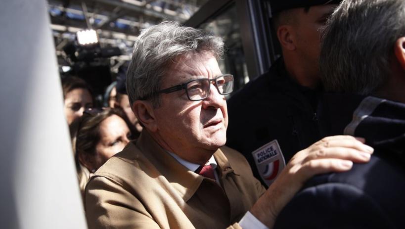 Perquisition mouvementée chez La France insoumise: trois mois de prison avec sursis requis contre Mélenchon
