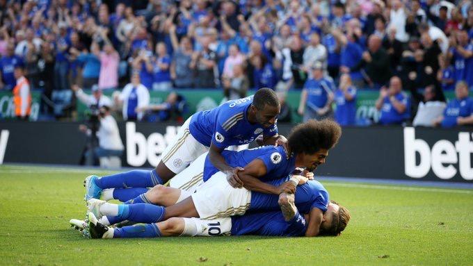 Premier League: Leicester renverse Tottenham et prend provisoirement la 2e place