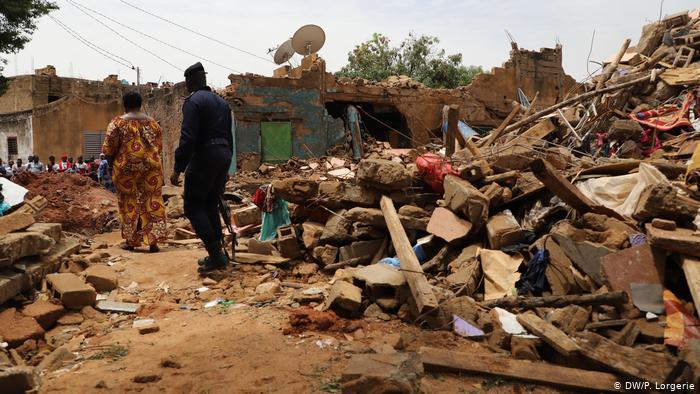 Au Kenya, sept enfants ont été tués dans l'effondrement d'une salle de classe à Nairobi