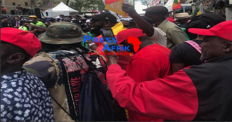 À New York, Macky Sall hué et chahuté devant le siège des Nations-Unis
