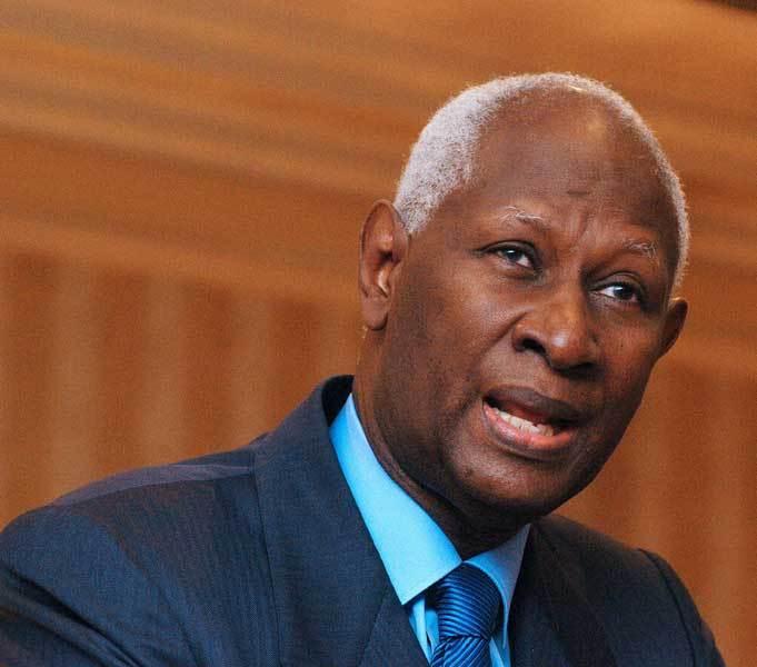 """Abdou Diouf sur la situation du Sénégal : """"Je prie pour mon pays"""""""