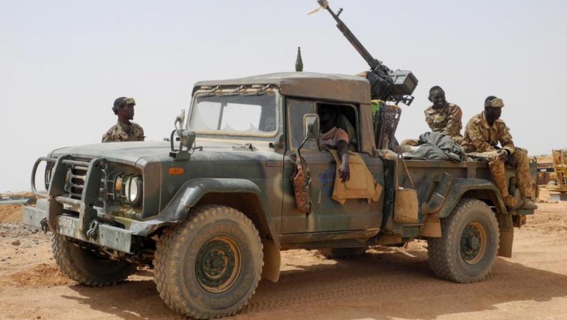 Mali: attaque de deux camps de l'armée dans le centre du pays