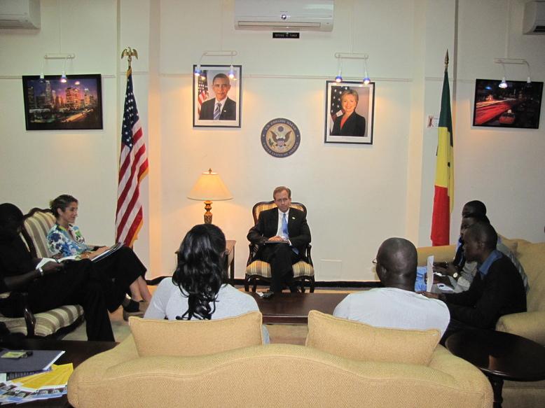 """Interview de M. Lewis Lukens, Ambassadeur des Usa à Dakar : """"La décision de briguer un troisième mandat, crée une instabilité"""""""