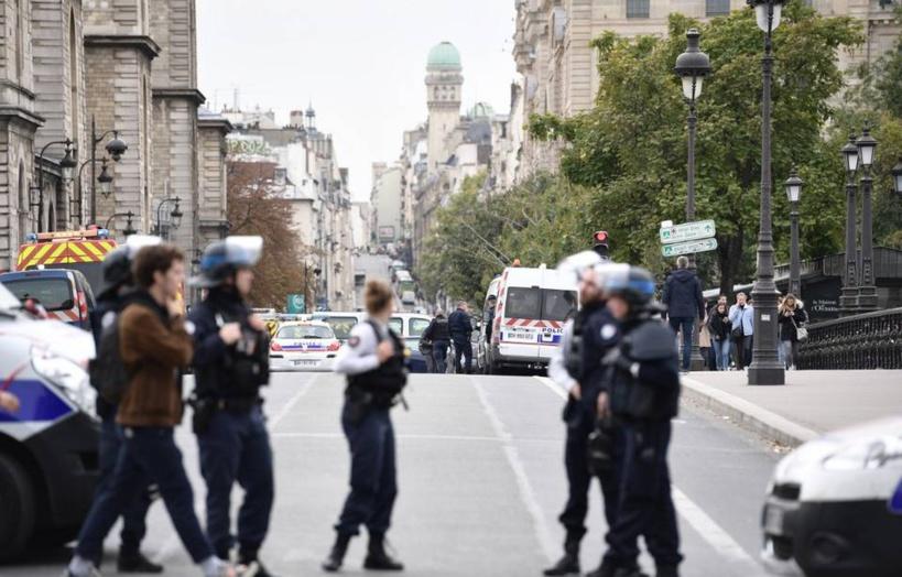 Attaque au couteau à la Préfecture de Paris: l'assaillant souffrait d'un handicap