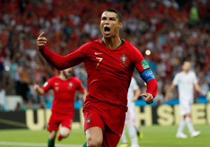 Grandiose CR7 : Cristiano Ronaldo a inscrit le 699 but de sa carrière